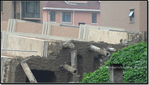 20090628-building-collapse-28