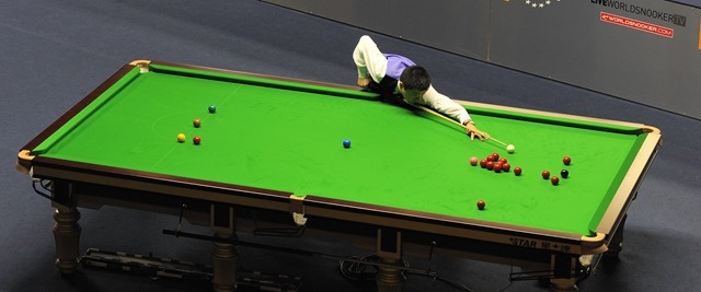 Ding_Junhui_at_Snooker_German_Masters_(DerHexer)_2013-01-30_13